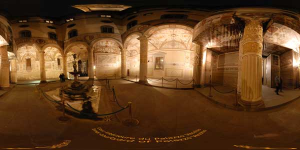 panoramas 360° ,palazzo vecchio courtyard at florence in italy