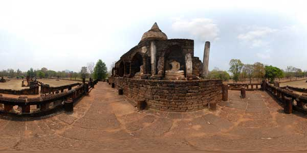 panorama 360° of wat chang lom, si satchanalai in thailand, asia