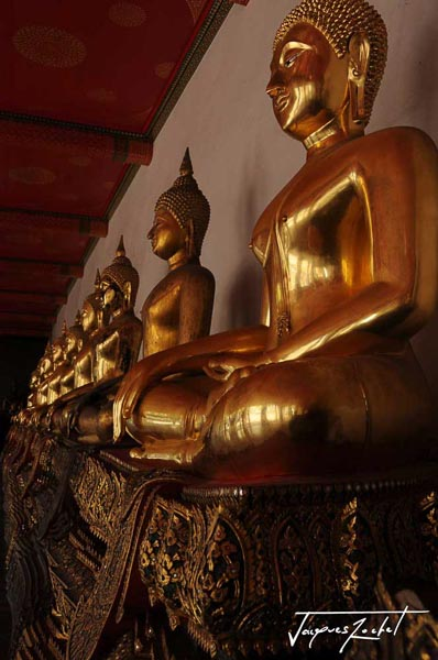 Temple of Wat Pho in Bangkok, travel to Thailand
