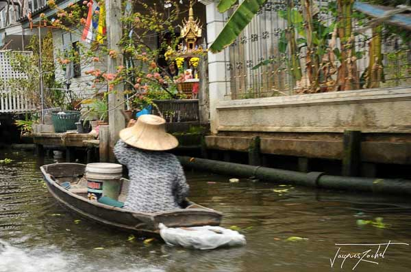 the klongs in Bangkok, thailand